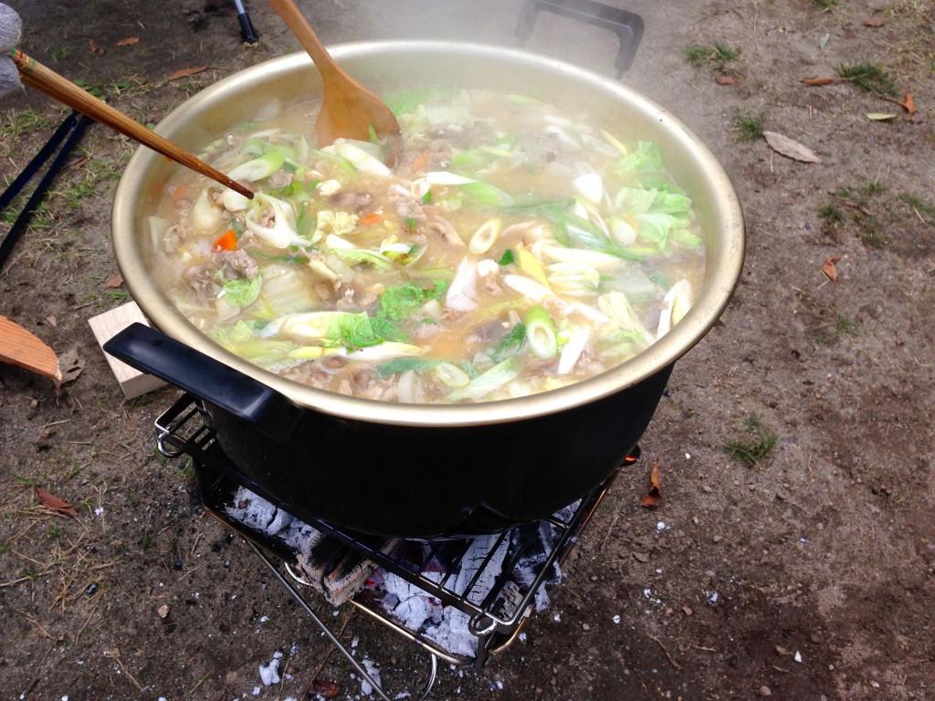 じゃじゃーん、おいしい芋煮が完成!